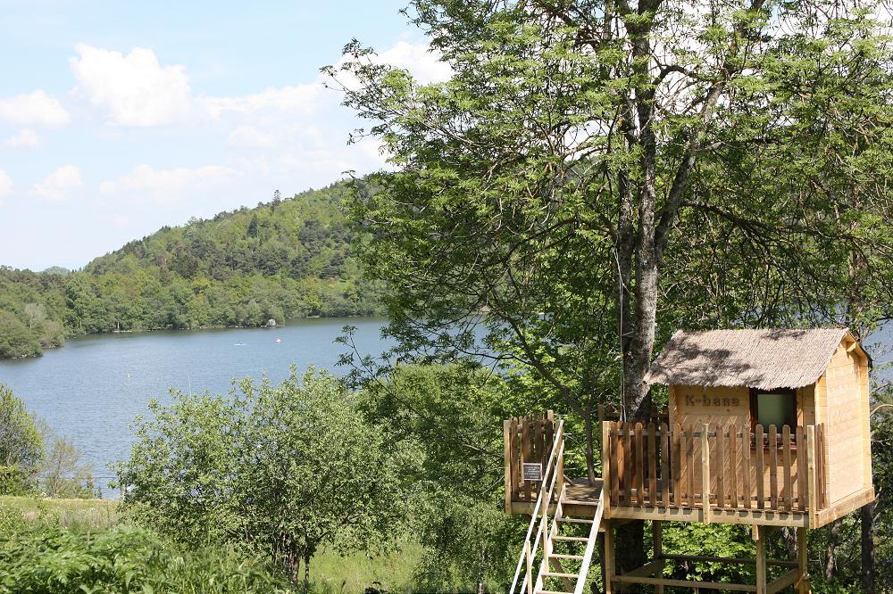 Proche du camping et chalets du lac d 39 aydat volcans vacances for Camping massif central avec piscine