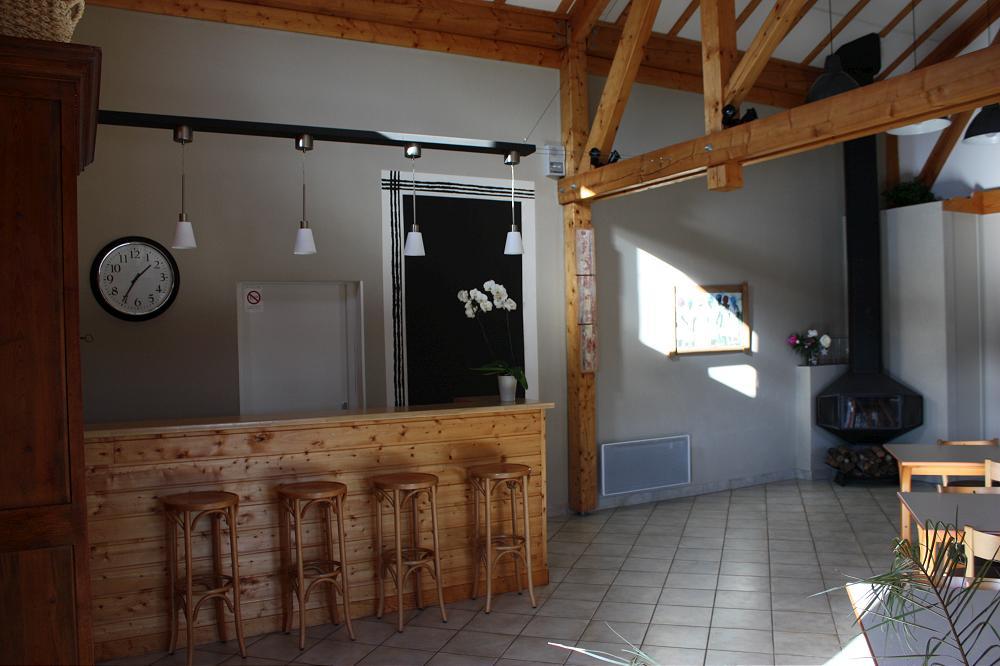 location salle à Aydat en Auvergne dans le Puy de Dôme ( 63 ) proche de Clermont-Ferrand